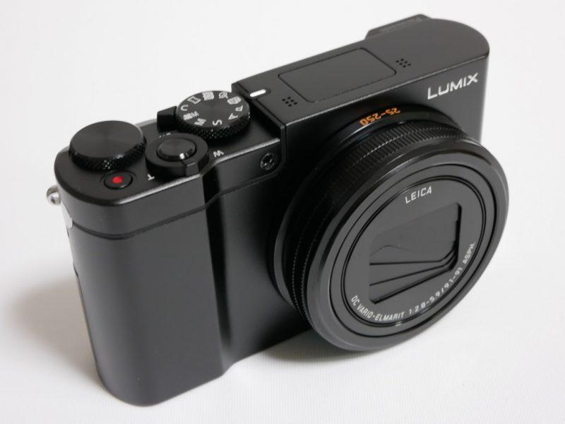 Panasonic LUMIX DMC-TX1の外観