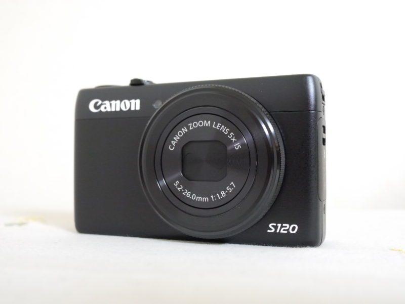 デジカメ PowerShot S120の外観