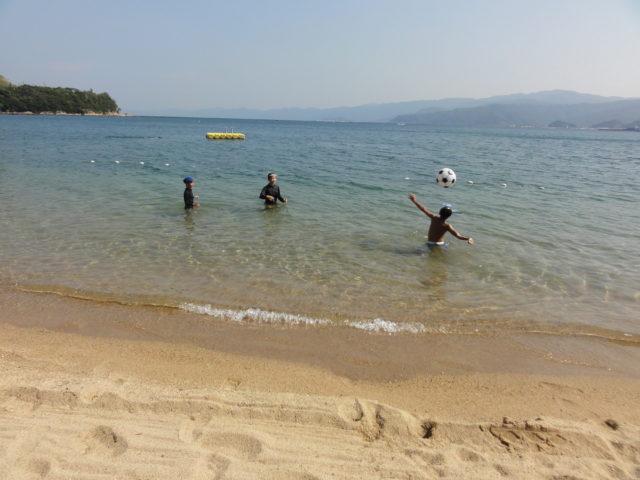 松原海水浴場で遊ぶ