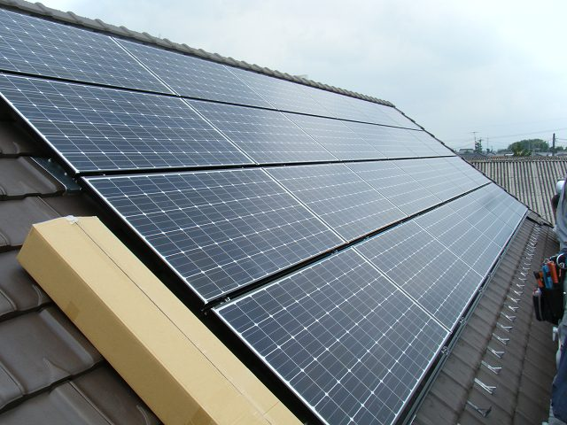 太陽光パネル HIT233 24枚設置