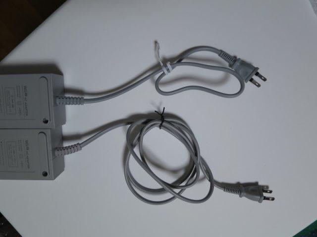 WiiU 本体ACアダプター 新旧比較