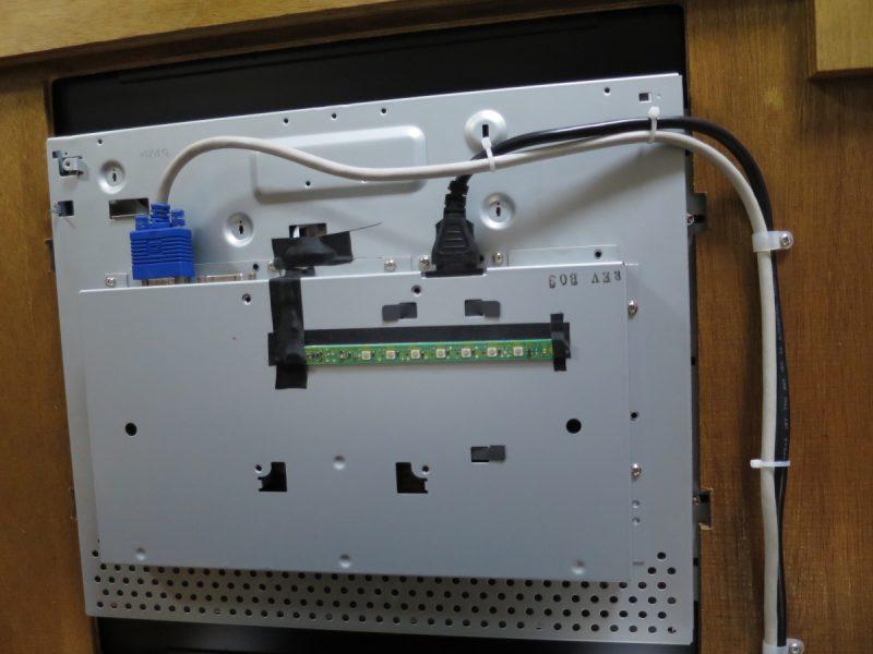三木商事 テーブル筐体 液晶モニターの背面