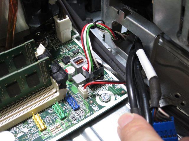 HP 6000 Pro SFFのフロントパネルコネクタ