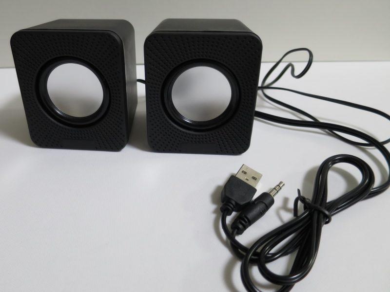 ダイソー USBスピーカー 300円