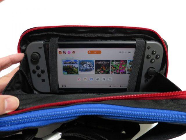 Nintendo Switch用おでかけボディバッグ(ワンショルダー) バッグに入れたままスイッチの画面を確認