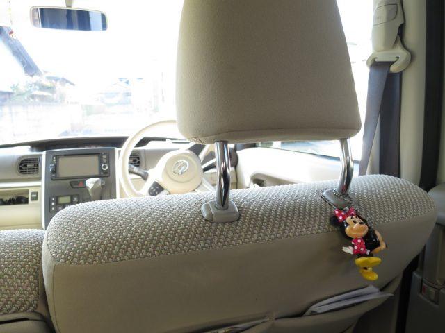 タント(自動車)のヘッドレスト