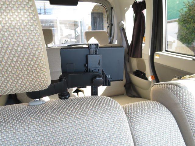 Nintendo Switch車載ホルダー 運転席から邪魔にならないか確認