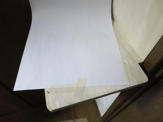 スピーカースタンドにスピーカー固定用のネジ穴を開ける