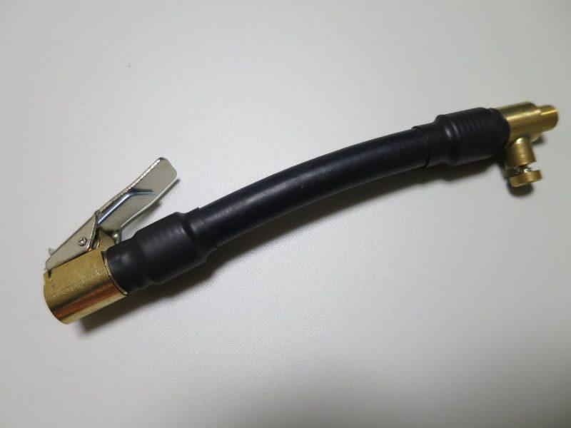 車のタイヤ空気入れ クリップ式簡単取り付けチューブ