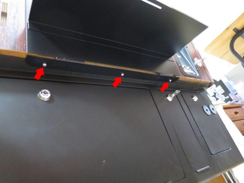 テーブル筐体のコンパネを交換する
