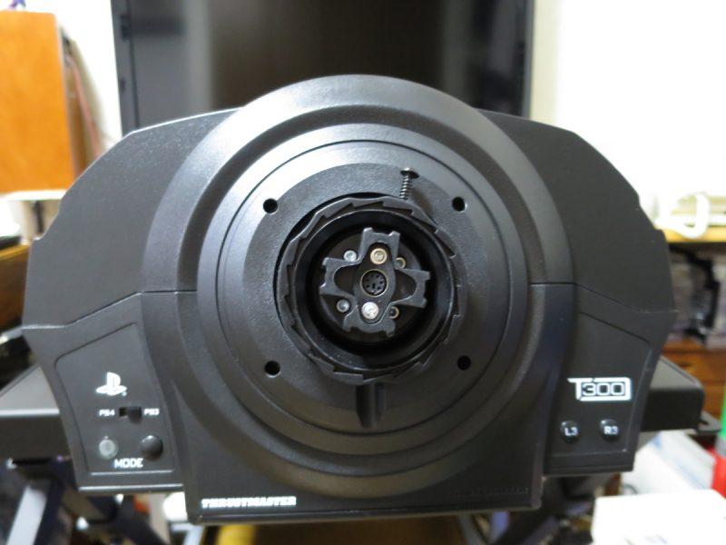 Thrustmaster T300RS GT Edition ベース側ステアリングコネクタ