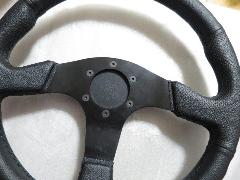 D1 SPEC FLAT-Rにスラストマスター 実車ステアリングアダプター Ver.2を取り付け