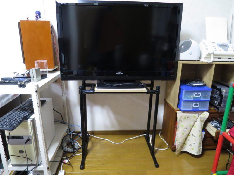 レースシムコックピット用モニタースタンド
