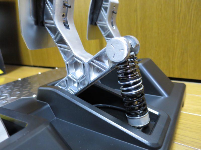 T-LCM Pedalsのデフォルトバネ設定